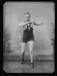 Hr. Brustad, boxer - no-nb digifoto 20160408 00025 NB NS NM 07997.jpg