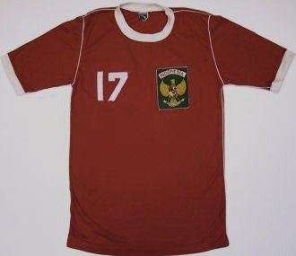 Indonesia national football team - Indonesia's football jersey with numbers 17 in 1981