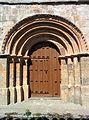 Iglesia de Nuestra Señora de la Paz, Castrillo de Onielo 03.jpg
