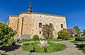 Iglesia de Santa Águeda y fuente en Sotillo de la Ribera.jpg