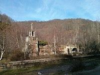 Iglesia túnel de la Engaña.jpg