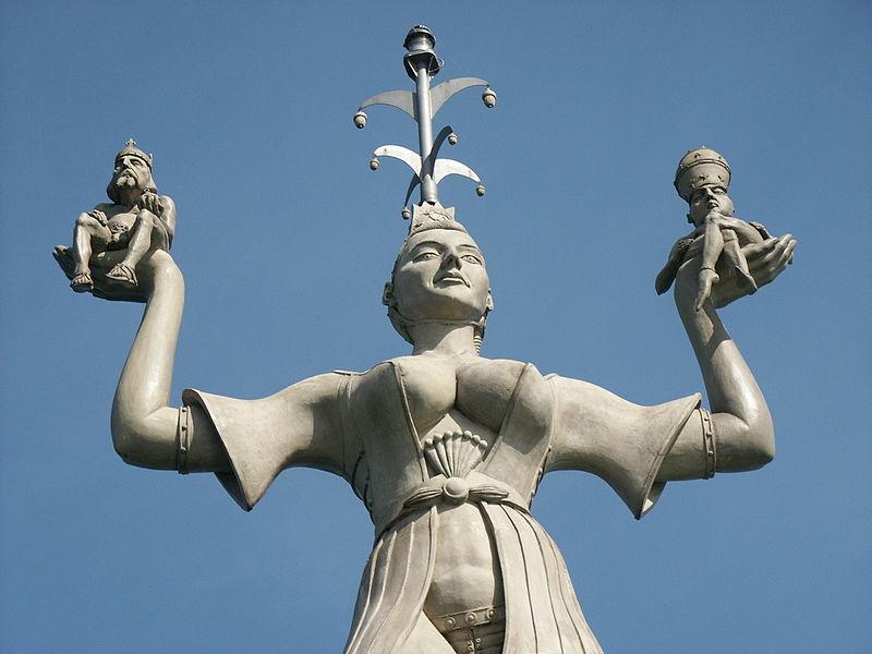 File:Imperia statue Konstanz.jpg