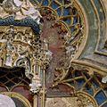 Interieur Arkelkapel, retabel, detail beeldhouwwerk - Utrecht - 20352117 - RCE.jpg