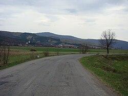 http://upload.wikimedia.org/wikipedia/commons/thumb/8/8e/Intorsurii_la_Dobarlau.JPG/250px-Intorsurii_la_Dobarlau.JPG