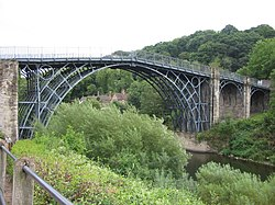 The Iron Bridge (1781)The first large bridge made of cast iron