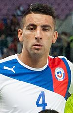 Isla Footballteam of Chile - Spain vs. Chile, 10th September 2013 (cropped).jpg