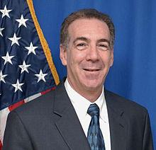 Jeffrey Levine, US ambassador to Estonia 2013.jpg