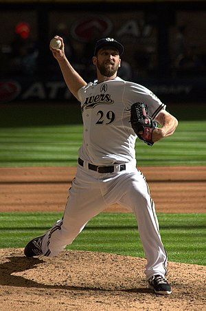 Jim Henderson (baseball) - Henderson pitching for the Milwaukee Brewers in 2013