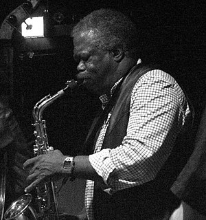 English: *description: Joe McPhee at the Empty...