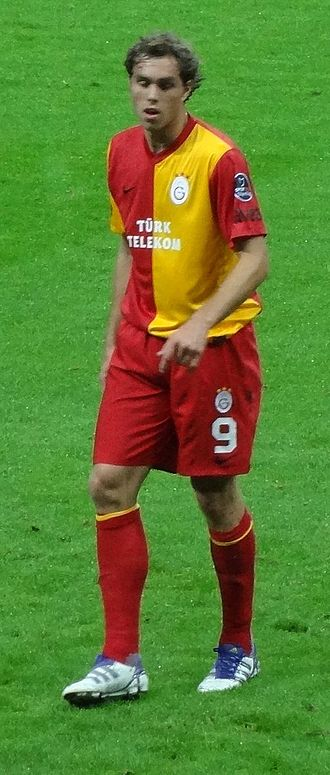 Johan Elmander - Elmander in a September 2011 match against Eskişehirspor