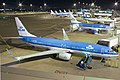 KLM Boeing 737-800 PH-BCB (22487712346).jpg