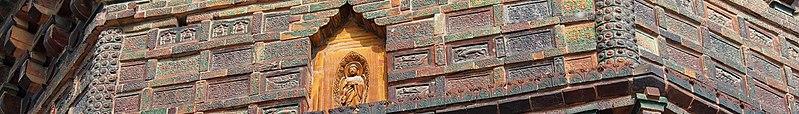 File:Kaifeng banner Iron Pagoda 1.jpg