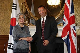 Kang Kyung-wha - Kang with British Foreign Secretary Jeremy Hunt in 2018.