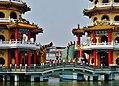 Kaohsiung Lotus Pond Tiger- & Drachenpagode Brücke 1.jpg
