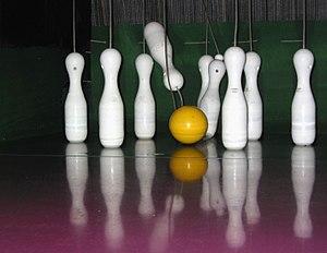 Kegel (bowling) - Ninepin bowling pins and ball