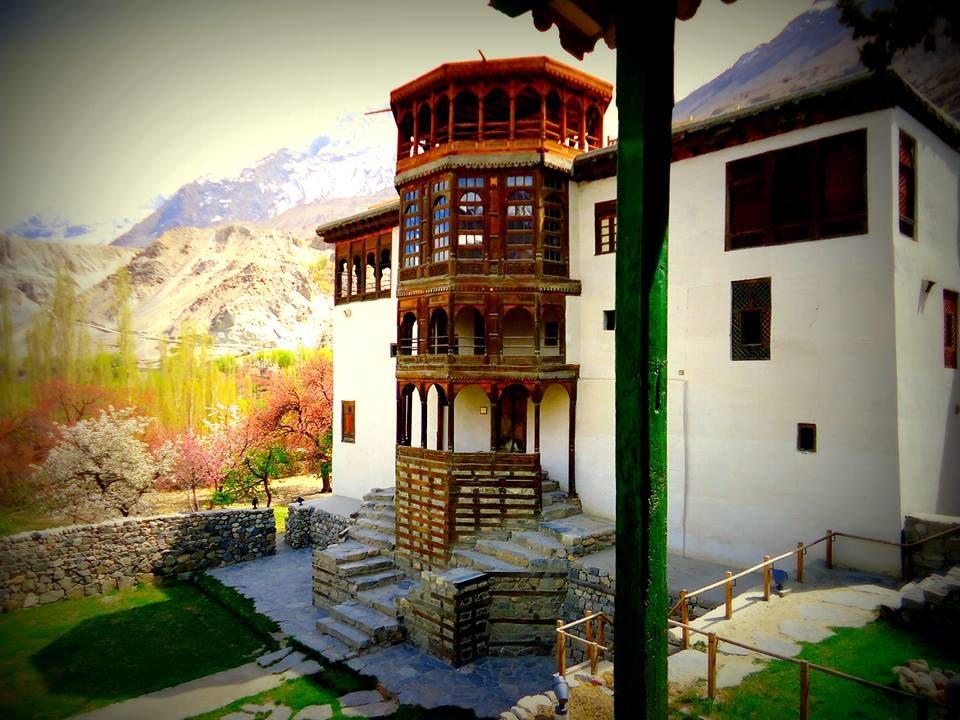 Khaplu Fort Serena , Baltistan.jpg