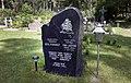 Kihnu Jõnni haud Kihnu kalmistul 09.jpg