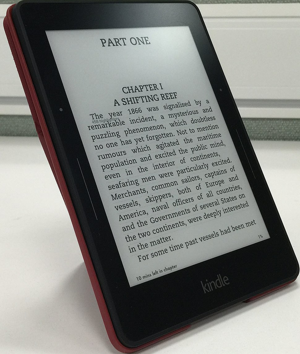 Kindle Voyage with cover