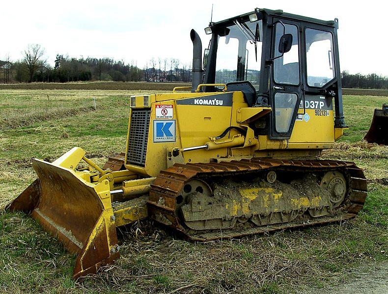 File:Komatsu bulldozer D37P.jpg