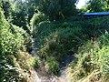 Komořany, Komořanský potok, u útulku proti proudu.jpg