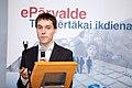 """Konference """"Valsts pārvaldes digitālā e-Revolūcija risinājumi jauniem valsts pārvaldes e-pakalpojumiem un e-komunikācijai"""" (8147312510).jpg"""
