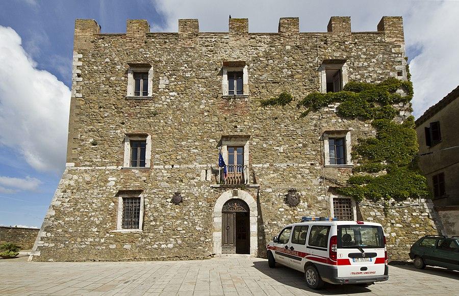 La Rocca Aldobrandesca di Manciano, Manciano, Grosseto, Tuscany, Italy - panoramio