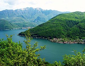 English: Lake Lugano seen from above Morcote (...