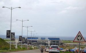 Laguindingan Airport - Image: Laguindingan Airport from the Access Road