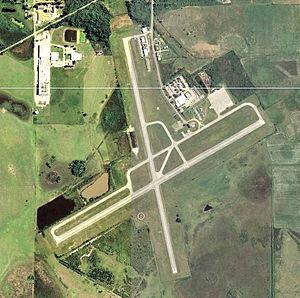 Lake Wales Municipal Airport - 2006 USGS airphoto