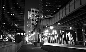 Pink Line (CTA) - The Lake Street Elevated bridge over the Chicago River at night