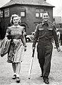 Len Hutton with wife c1945.jpg