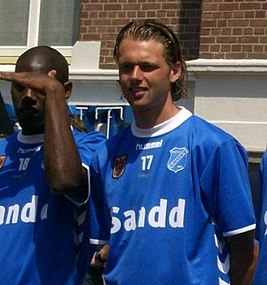 Lion Axwijk and Ferry de Smalen AGOVV season 2007-08.jpg