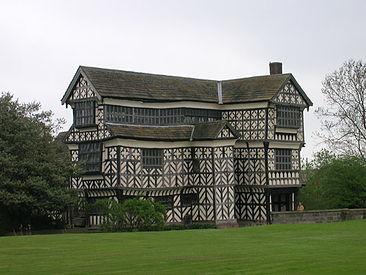 Little moreton hall wikipedia for Piani di casa in stile artigiano nord ovest