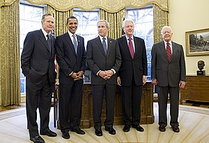 2002 Nobel Peace Prize - President George W. Bush invited former Presidents George H.W. Bush, Bill Clinton, Jimmy Carter (far right) and President-Elect Barack Obama for a meeting and lunch at The White House. Photo taken Wednesday, January 7, 2009 in the Oval Office at The White House.