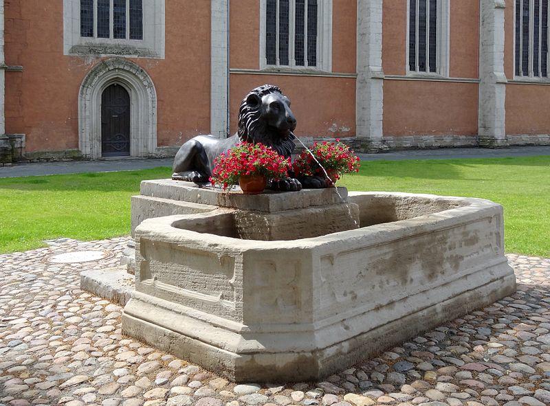 Die Liste der Brunnen in Braunschweig 800px-Loewenbrunnen_BS-Img01