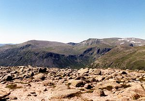 Beinn a' Chaorainn (Cairngorms) - Looking SW from the summit to Derry Cairngorm and Ben Macdui.