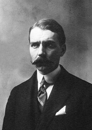 Louis Charles Breguet - Louis Breguet, in 1909