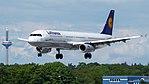 Lufthansa Airbus A321-200 (D-AISC) at Frankfurt Airport (2).jpg