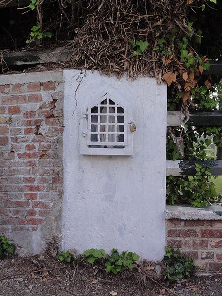 Luzoir (Aisne) niche - oratoire