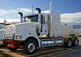 Mack Super-Liner - Wikipedia
