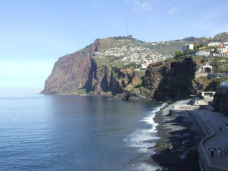 File:Madeira - Camara De Lobos - Towards Cabo Girao (2092639657).jpg