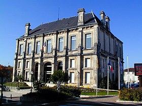 La mairie de Jarnac