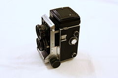Mamiya C33 Professional - retracted.jpg