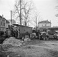 Mannen bij de distilleerketel, Bestanddeelnr 252-9473.jpg
