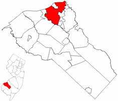 West Deptford Township highlighted in Gloucester County. Inset map: Gloucester County highlighted in the State of New Jersey.