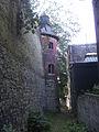 Marchienne-au-Pont - Château Bilquin-de Cartier - 39 - toru nord-est et muraille est.jpg