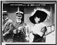 El Titanic 200px-Margaretbrownkramcat