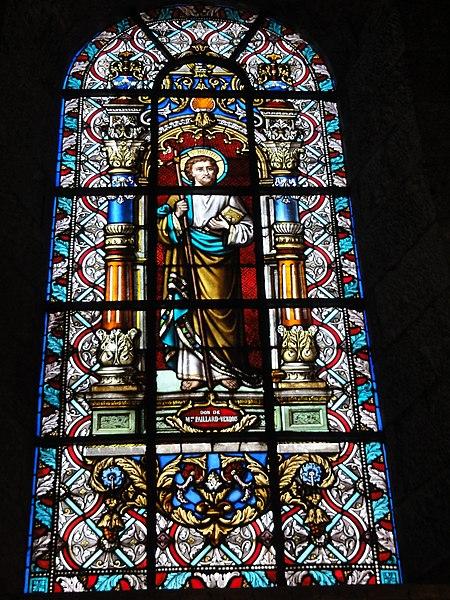 Maroilles (Nord, Fr) église vitrail 12 apôtres 01
