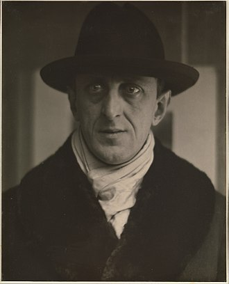 Marsden Hartley - Photograph of Hartley by Alfred Stieglitz at the Metropolitan Museum of Art, 1916