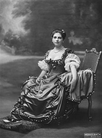 Mata Hari - In Amsterdam, 1915